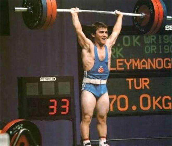 Dünya ve Olimpiyat Şampiyonu Naim Süleymanoğlu Kimdir?
