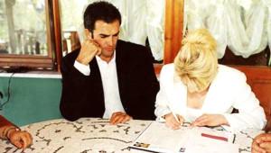 Muazzez Ersoy'dan Boşanıp Ortadan Kaybolmuştu Bakın Şimdi Ne Yapıyor
