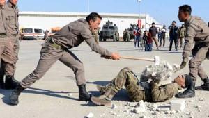Zorlu Eğitimden Geçen Fırat Kalkanı Bölgesindeki Polisler Mezun Oldu