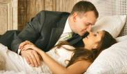 Kayınvalide Gerdek Gecesine Şahit Oluyor! Dünyanın Dört Bir Yanından İlginç Düğün Gelenekleri