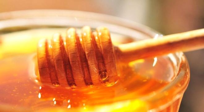 1 Yemek Kaşığı Balla, Çeyrek Çay Kaşığı Tarçını Karıştırın! Mucizevi Faydaları Görün