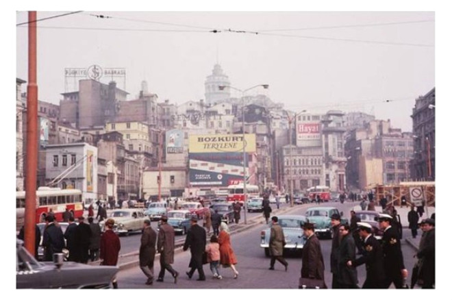 İstanbul'un 1950 ve 1960'lardaki Nostaljik Fotoğrafları