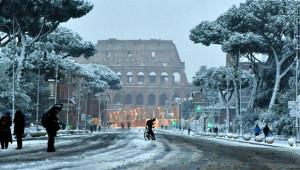 6 Yıl Sonra İlk Kez Karlar Altında Kalan Roma'dan Kareler