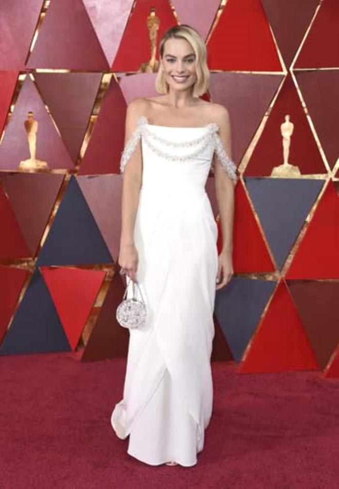 Oscar'da Gözleri Şaşı Eden Dekolte!