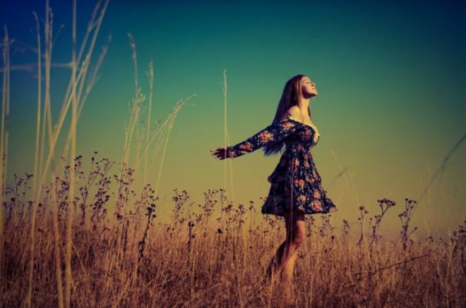 Erkeklerin Bir Kadında Etkileyici Bulduğu 12 Özellik