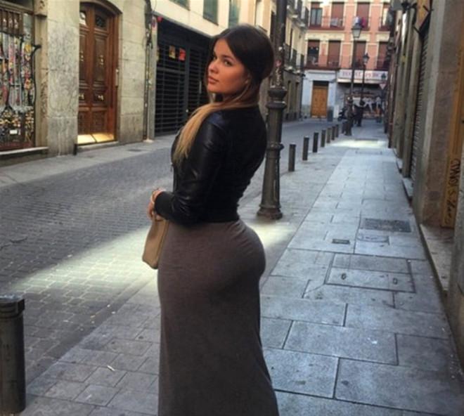 Rusya'nın 'Kim Kardashian'ının Şöhret Olmadan Önceki Fotoğrafları Şaşırtıyor