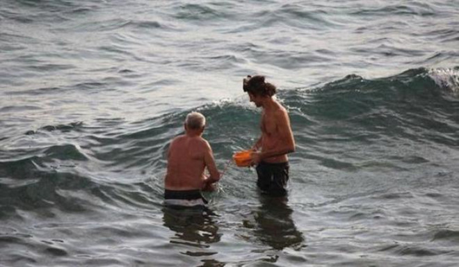 Hamile Rus Turist Denizde Doğum Yaptı! Görüntüler Olay Oldu