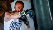 Otomobil Tamircisi İsmail Yıldırım Jason Statham'a Benzerliğiyle Şöhreti Yakaladı