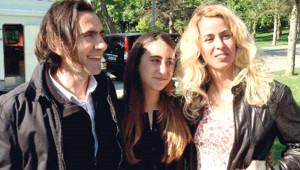 Niran Ünsal ve Peker Açıkalın'ın Kızı Narin Şeker Büyüdü! Son Hali Çok Farklı
