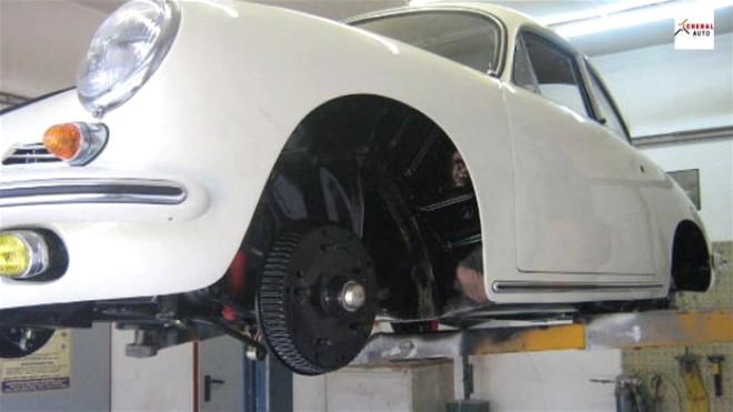 1963 Model Porsche 356 B Yenilendi! Son Hali Göz Kamaştırıyor
