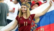 İngilizlere Rus Kadın Uyarısı