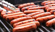 Haftada 2 Defa Sosis Yemek Meme Kanseri Riskini Artırıyor