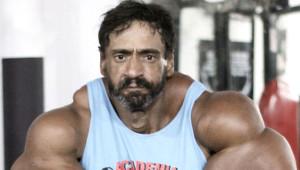 Hulk'a Benzemek İçin Kaslarına Yağ Enjekte Etmişti! Eski Hali İnanılmaz