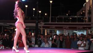 İskele Meydanında Güzellik Yarışması! Vatandaşlar Akın Etti