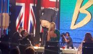 İngiltere'nin Yetenek Sizsiniz Yarışmasında Skandal! Ünlü Komedyen, Pantolonunu İndirdi