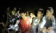 Tayland'daki Mağarada Mahsur Kalan Çocukların Kurtarılışından Fotoğraflar