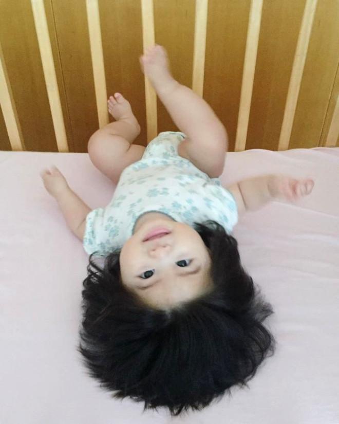 6 Aylık Japon Bebek, Gür Saçlarıyla Fenomen Oldu