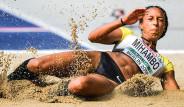 Atletizmde Tarihe Geçen Sporcuların Maaşları Şoke Ediyor