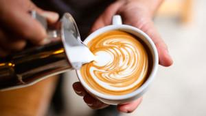 Günde Altı Fincan Kahve İçmek Erken Ölüm Riskini Azaltıyor
