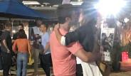 300 Spartalı Filminin Yıldız Oyuncusu, Sevgilisiyle Dudak Dudağa Yakalandı