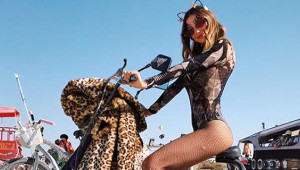 Ünlü isimler Burning Man Festivali'ne Damga Vurdu