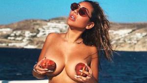 Ünlü Modellerin Meyveli Çıplak Pozu, Sosyal Medyaya Damgasını Vurdu