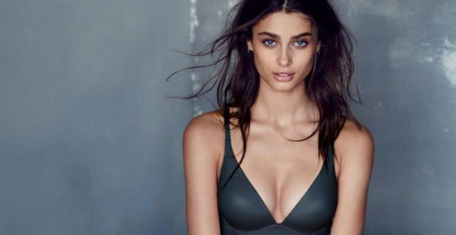 Victoria Secret'ın Yeni Meleği, Duru Güzelliğiyle Instagram'ı Sallıyor
