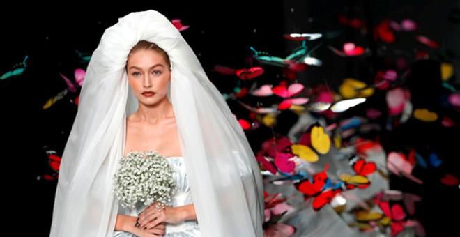 Milano Moda Haftası'na Ünlü Model Gigi Hadid ve Kendall Jenner Damga vurdu