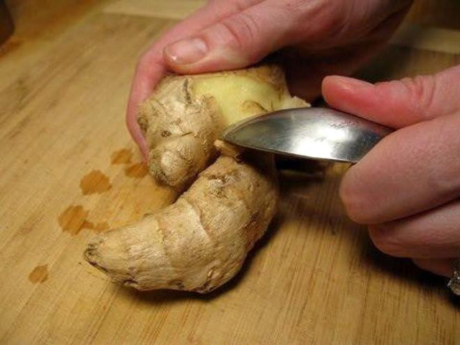 Soğanı Buzluğa Koymak Bakın Ne İşe Yarıyor? İşte Mutfakta Çok İşinize Yarayacak 10 Bilgi