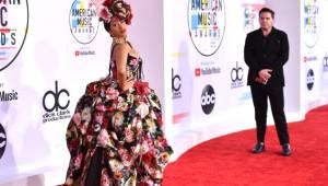 2018 Amerikan Müzik Ödülleri'nde Kırmızı Halı Alev Alev Yandı