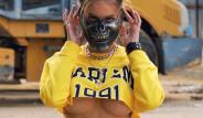 Rus PlayStation Kraliçesi, Paylaşımlarıyla Instagram'da Fırtına Gibi Esiyor