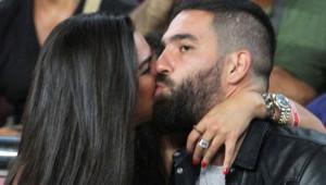 Şarkıcı Berkay'ın Karısına Asılan Arda Turan'ın, Instagram Skandalları