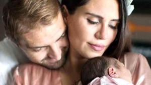 Ünlü Annelerin Özel Doğum Sonrası Görüntüleri