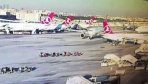 Az Daha Çarpışıyorlardı! Atatürk Havalimanı'ndaki Kazayı Kara Görevlisi Önledi