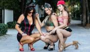 Hakem ve Model Claudia, Ateşli Cadılar Bayramı Kostümüyle Sokakları Birbirine Kattı