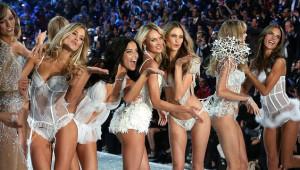 2018 Victoria's Secret Şovunun Tüm Bilinmeyenleri: Efsane Model Artık Yok!