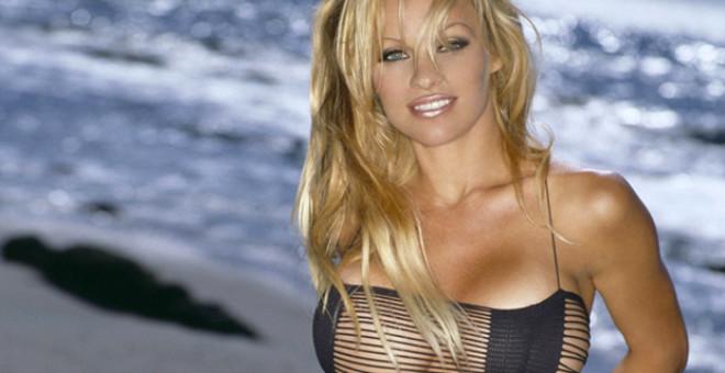 """Pamela Anderson: """"Bunu söylediğim için öldürülebilirim."""""""