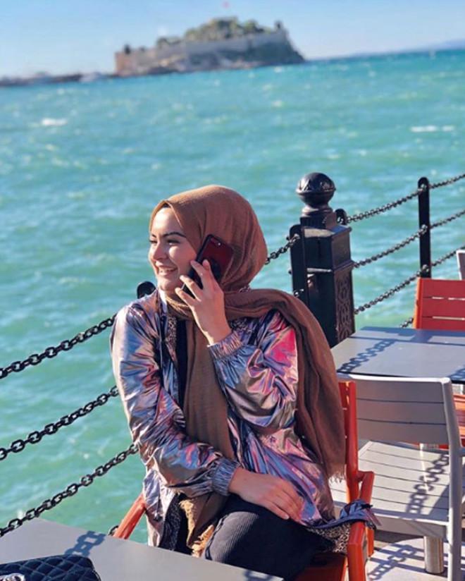 İzdivaç'ın Fenomen Gelin Adayı Hanife'nin, Son Hali 'Estetik mi Oldu?' Dedirtiyor!