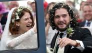 Rus Güzel, Game Of Thrones'un Jon Snow'unun Çıplak Fotoğraflarını Yayınladı