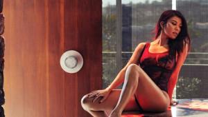 Kardashianlar Dur Durak Bilmiyor! Dergi İçin Çırılçıplak Soyundu