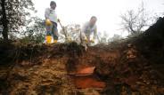 Bodrum'daki Sel Sonrası Ortaya Çıktı! Temizlik Yapan İşçiler Şaştı Kaldı