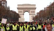 Fransa'da Sarı Yelekliler Protestosu Sürüyor!