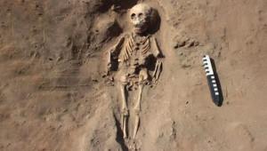 Peru'da Keşfedilen 2 Bin Yıllık Mezarda Şoke Eden Detay! Ayaklarını Kesip Gömmüşler
