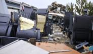 YHT Kazası Sonrası Paramparça Olan Vagonun İçinden Korkunç Görüntüler