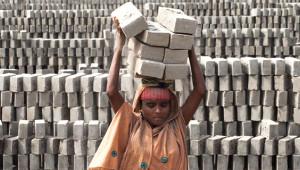 Bangladeş'in Tuğla İşçileri, Cehennemi Yaşıyor!