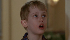 'Evde Tek Başına' Filminin Bazı Sahneleri, Filmin Küçük Yıldızıyla Beraber Tekrar Canlandırıldı!