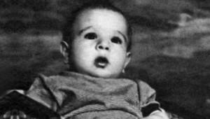 Fotoğraftaki Ufaklık, Türkiye'nin 7'den 77'ye Çok Sevdiği İsim!