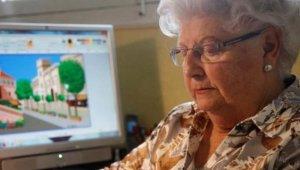 88 Yaşındaki Kadın, Paint Programındaki Kabiliyetiyle Instagram Fenomeni Oldu!