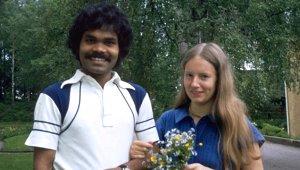 Bir Kehanetin Peşine Düşen Hindistanlı Genç, Büyük Bir Risk Alarak Hayatının Aşkını Buldu!