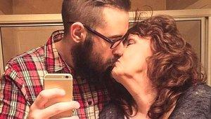 Oğlunun Cenazesinde Tanıştığı 19 Yaşındaki Gence Aşık Olup Evlendi